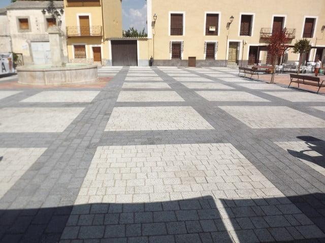 Adoquín en Pareja | Granallado Negro y Praga | Pavimentos en Madrid