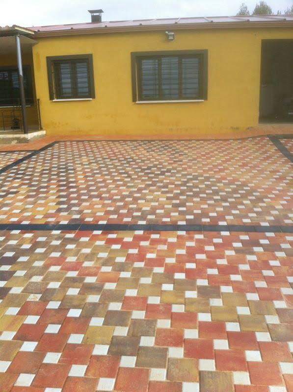 Adoquín en Pinar de Jabaga | Cuadrado, Otoño y Blanco | Pavimentos decorativos en Albacete y Madrid