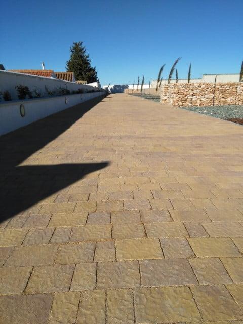 Quintanar del Rey | Adoquín Praga | Prefabricados La Jara | Adoquín Prefabricado Madrid