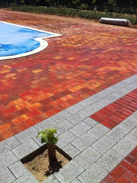 Adoquín rojo rectangular San Clemente | Prefabricados de la Jara | Adoquines Albacete y Madrid