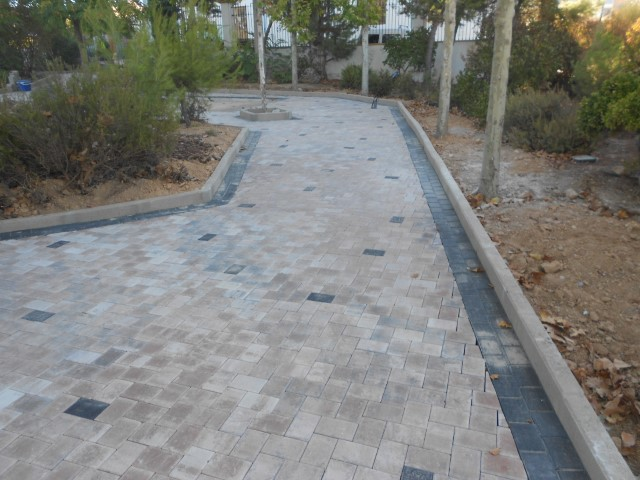 Adoquín liso en Valera de Abajo | Prefabricados de la Jara | Adoquines Albacete y Madrid