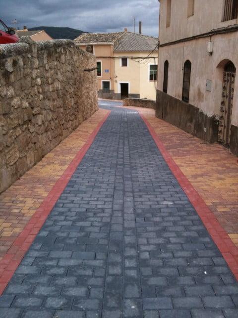 Adoquín de hormigón Casco Viejo en Villaconejos de trabaque | Prefabricados de la Jara | Adoquines Albacete y Madrid