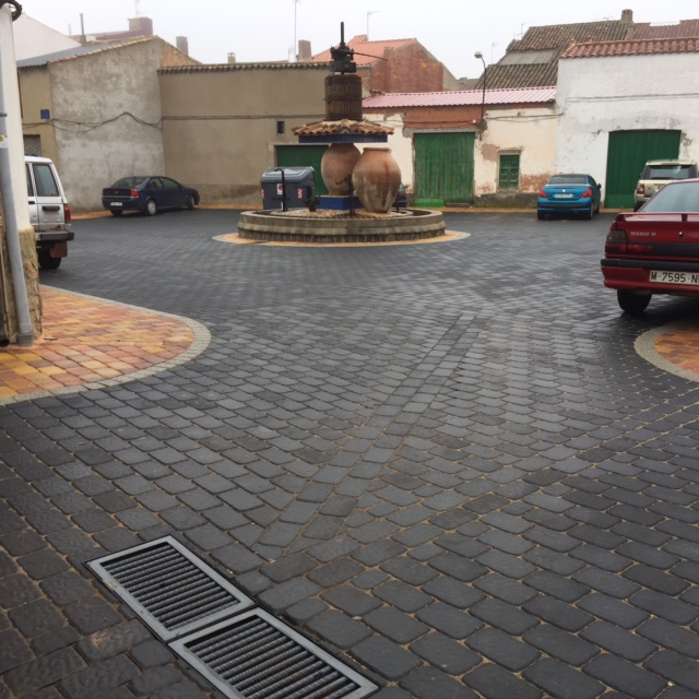 Adoquín rugoso Villanueva de la Fuente | Prefabricados de la Jara | Adoquines Albacete y Madrid