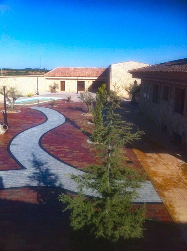 Adoquín Rectangular| Prefabricados de la Jara | Adoquines Albacete y Madrid