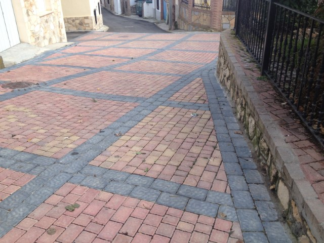 Pavimentos Villaverde y Pasaconsol | Prefabricados de la Jara | Adoquines Albacete y Madrid