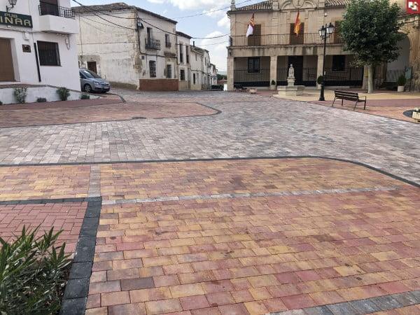 Adoquines decorativos Almodovar del Pinar | Prefabricados La Jara Adoquines en Albacete y Madrid