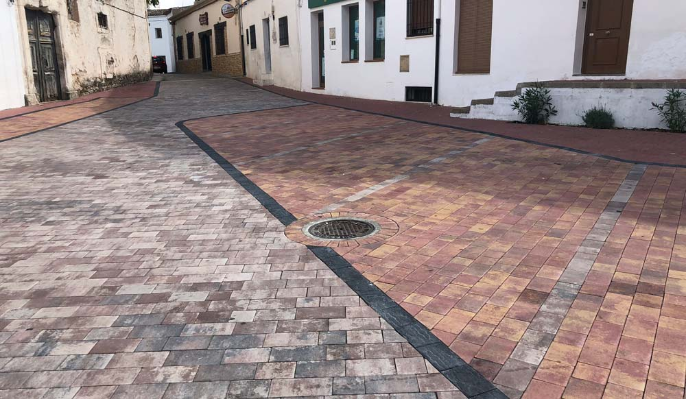 Colocación de adoquines | Prefabricados de La Jara | Adoquines en Albacete y Madrid