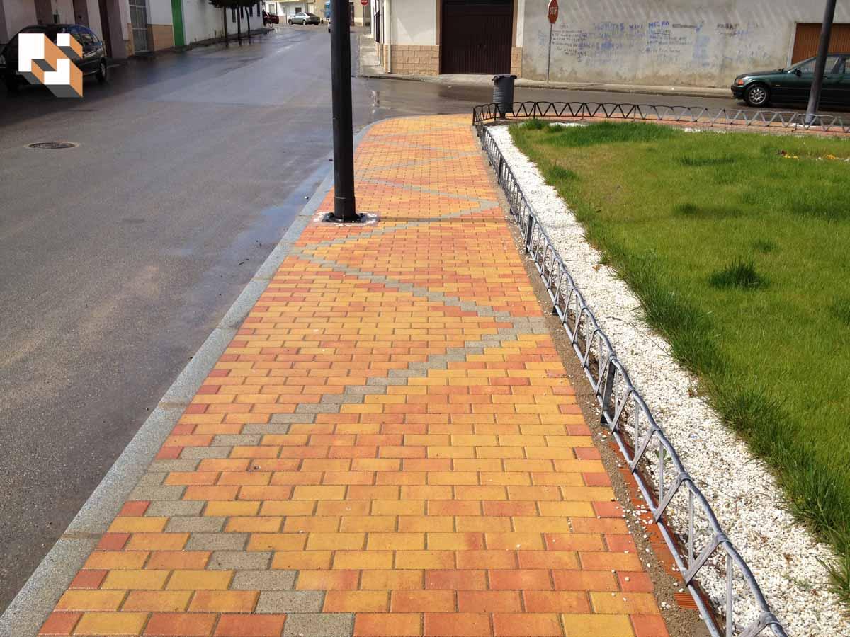 Ideas para colocar adoquines en jardines | Prefabricados La Jara