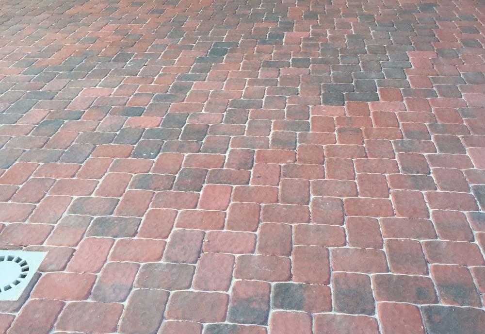 Adoquines de hormigón para peatonales | Prefabricados La Jara